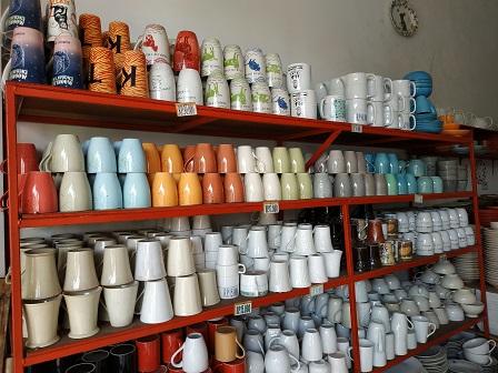 Berburu Keramik Murah Sisa Ekspor di Kota Malang